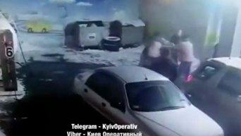 Конфликт на заправке в Киеве. Видео