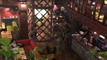 Видео задержания Михаила Саакашвили в киевском ресторане