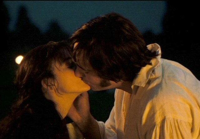 Гордость и предубеждение. Поцелуй Элизабет и Дарси