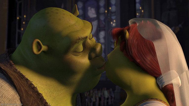 Шрек. Поцелуй Шрека и принцессы Фионы