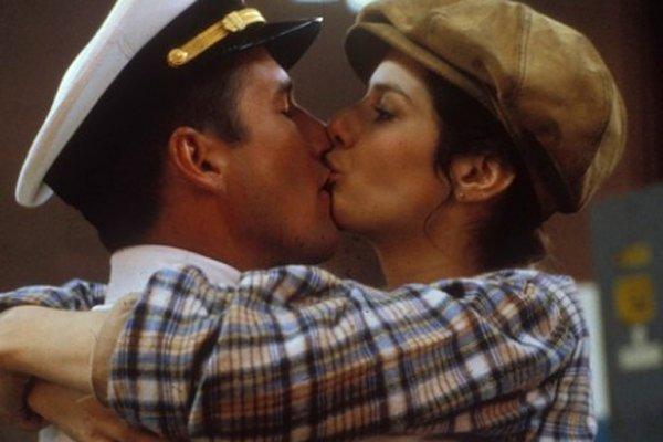 Офицер и Джентельмен. Поцелуй Ричарда Гира и Дебры Уингер