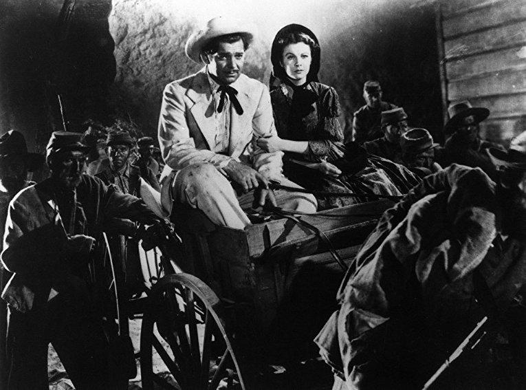 О любви и приключениях Скарлетт О'Хары и Ретта Батлера во времена Гражданской войны в США в фильме Унесенные ветром рассказали Вивьен Ли и Кларк Гейбл.