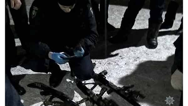 Полиция задержала вооруженных захватчиков заложников в Каменском