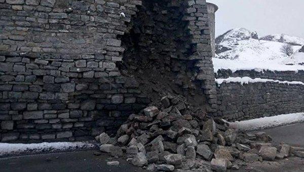 ВКаменце-Подольском обрушилась стена крепости