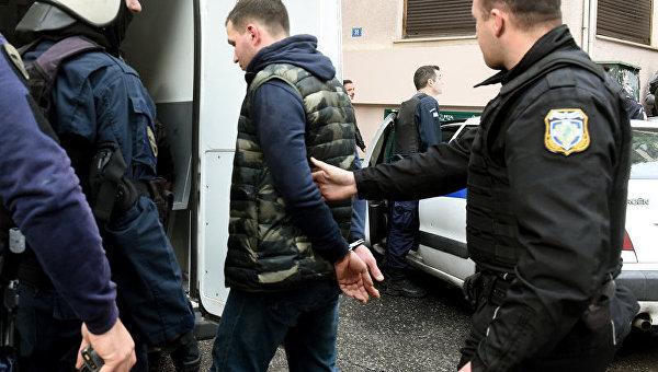 Украинские болельщики разгромили кафе и избили россиян в Афинах