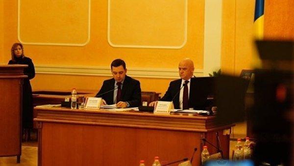 Геннадий Труханов вернулся к исполнению обязанностей городского головы Одессы после освобождения