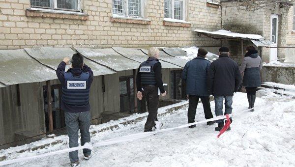 Три поселка под Донецком обесточены из-за обстрела
