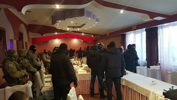 Под Киевом правоохранители наведались на сходку авторитетов