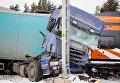 В Эстонии пассажирский поезд столкнулся на переезде с грузовиком Scania