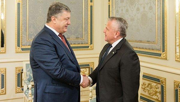 Закон ореинтеграции Донбасса ведет квойне— народные избранники Госдумы