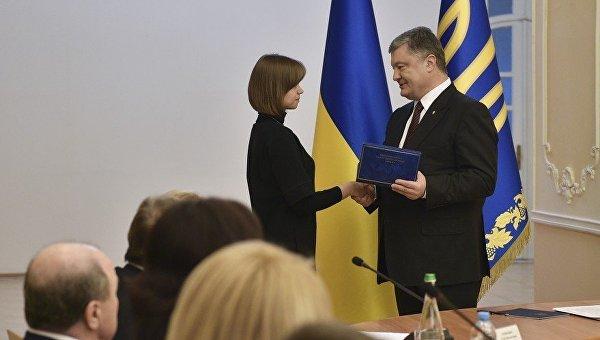 Медреформа предусматривает 4G-связь в любом украинском селе— Порошенко