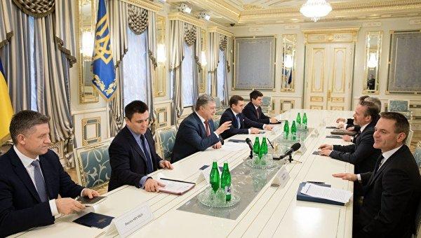 Встреча Петра Порошенко с министром иностранных дел Дании Андерсом Самуэльсеном