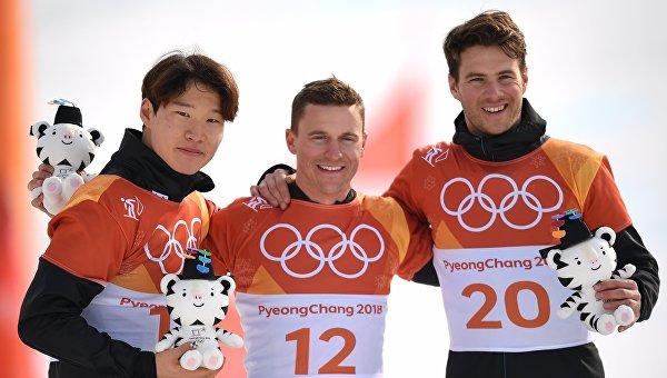 Швейцарский сноубордист взял золото в гигантском слаломе