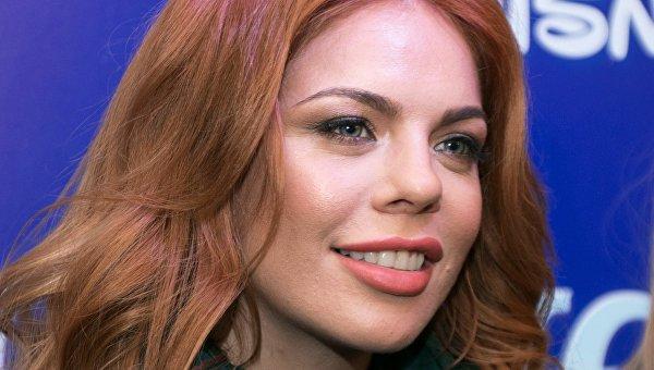 Развлекавшая боевиков наДонбассе русская эстрадная певица угодила в«чистилище» «Миротворца»