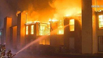 Спасение семьи в Хьюстоне от пожара