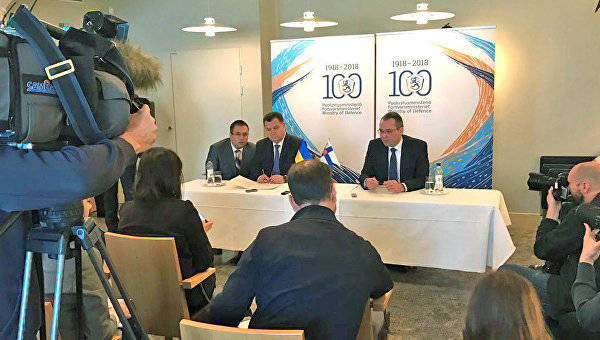 Визит главы Минобороны Украины Степана Полторака в Финляндию