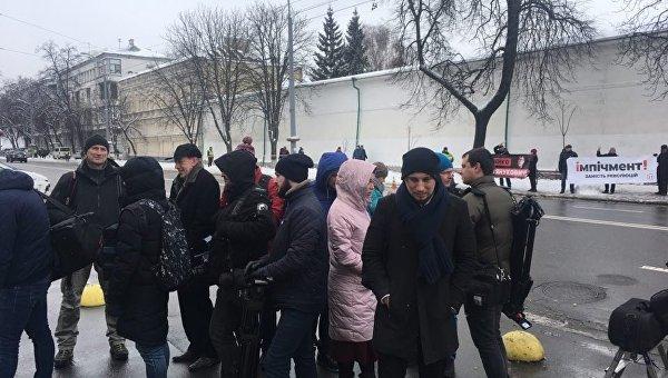 Ситуация возле здания Мыстецького арсенала, где готовится пресс-конференция Петра Порошенко