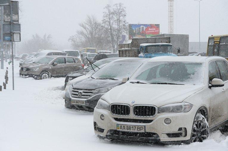 Снежный коллапс в Киеве