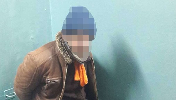 Мужчина, избивший полицейского в Киеве