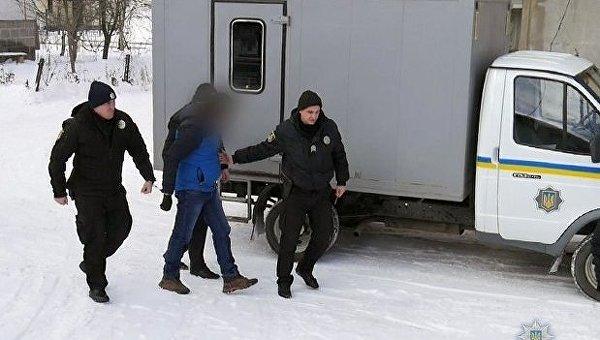 Полиция Хмельницка задержала мужчину, который убил мать и пытался бежать