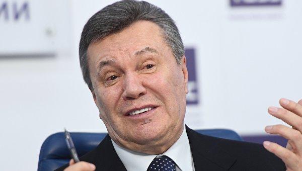 Янукович оМанафорте: денежных средств неплатил, личных контактов небыло