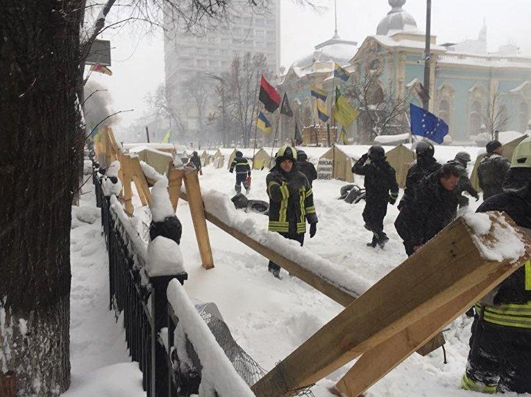 Ситуация в палаточном городке возле Рады 3 марта