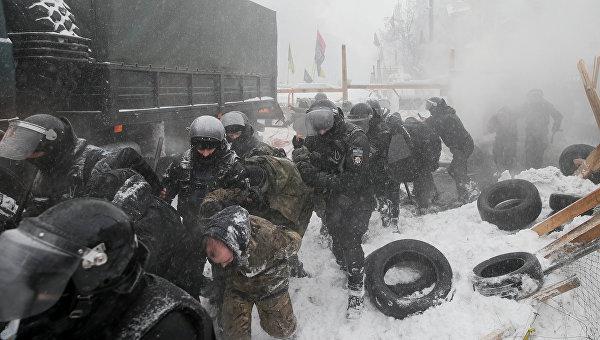 Саакашвили собирает людей намитинг— Зачистка палаточного городка