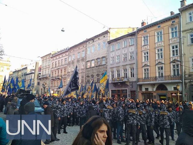 Во Львове прошел факельный марш под антипольскими лозунгами