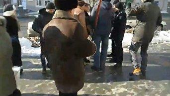 В Виннице протестуют против жестокого избиения людей под Радой. Видео