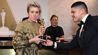 Актриса Фрэнсис МакДорманд, обладательница Оскара в номинации Лучшая женская роль в кинофильме Три билборда на границе Эббинга, Миссури