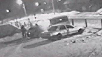 Поджог автомобиля в Бердичеве попал на видео
