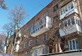 В Запорожье рушится дом