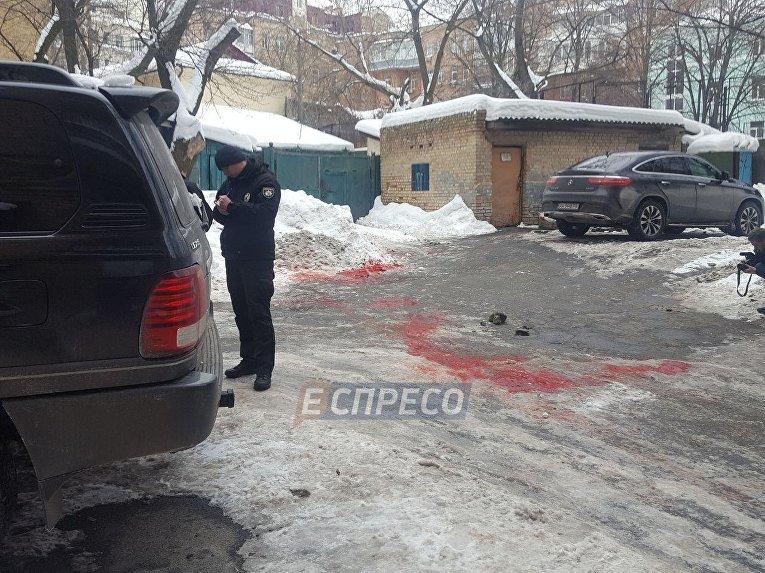 На месте убийства мужчины в центре Киева