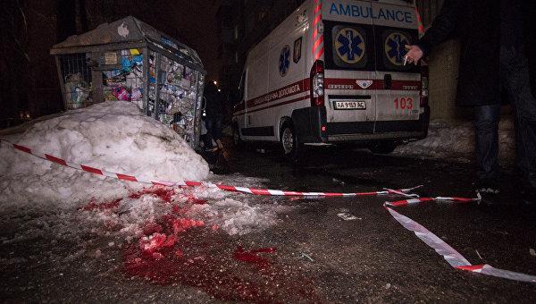 В Киеве ножом в сердце убили мужчину