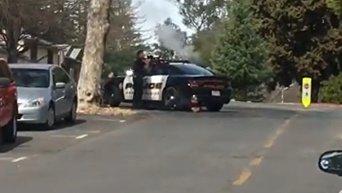 Первые кадры с места захвата заложников в Калифорнии. Видео