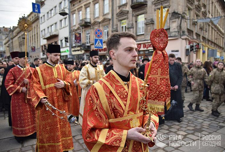 Крестный ход во Львове
