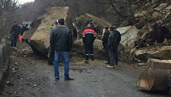 Скала обвалилась в Закарпатской области