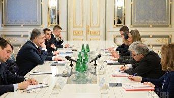 Переговоры Петра Порошенко и Федерики Могерини