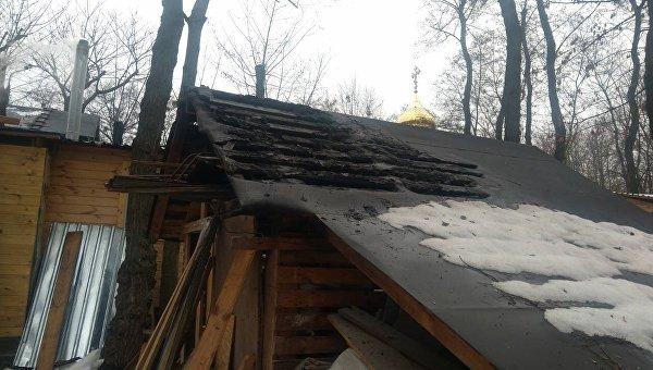 Неизвестные подожгли строение на территории храма УПЦ МП