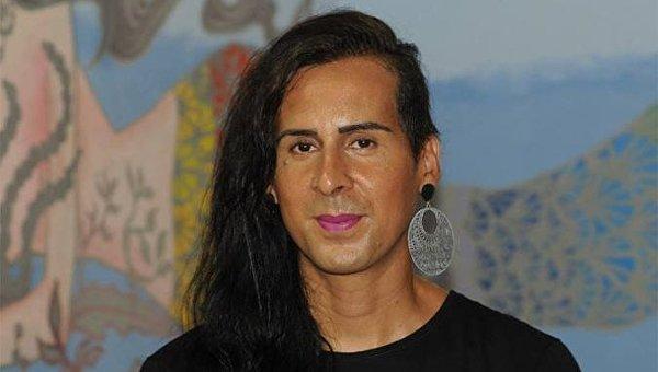 Дуда Салаберт (Duda Salabert), 36-летний трансгендер, позиционирующий себя как женщина, хочет стать первым трансгендером в Сенате Бразилии (верхней палате парламента)