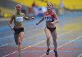 Слева направо: россиянка Юлия Терехова (2 место) и украинка Ольга Земляк (1 место) на дистанции 400 метров на турнире по легкой атлетике Московский вызов. Архивное фото