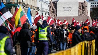 Марш бывших латышских легионеров Ваффен СС в Риге