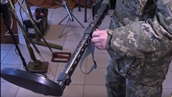 США передали Украине 20 металлоискателей на 1,5 млн грн