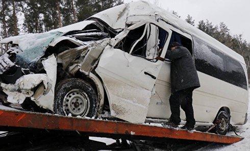 Авария микроавтобуса на Житомирской трассе