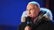 Президент РФ Владимир Путин на митинг-концерте на Манежной площади