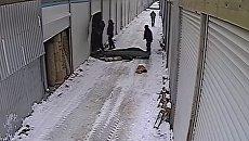 В сети появилось видео начала пожара на рынке в Черновцах. Видео