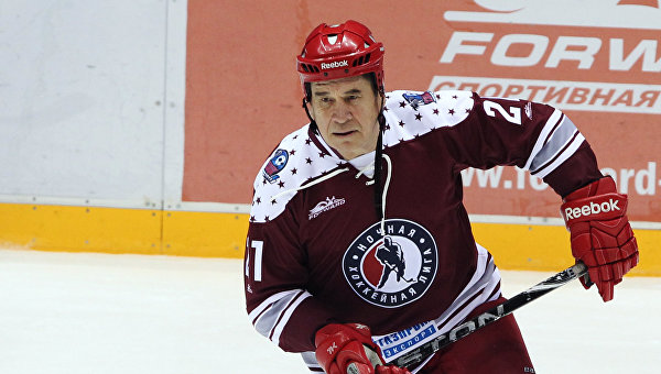 Хоккеист Юрий Шаталов. Архивное фото