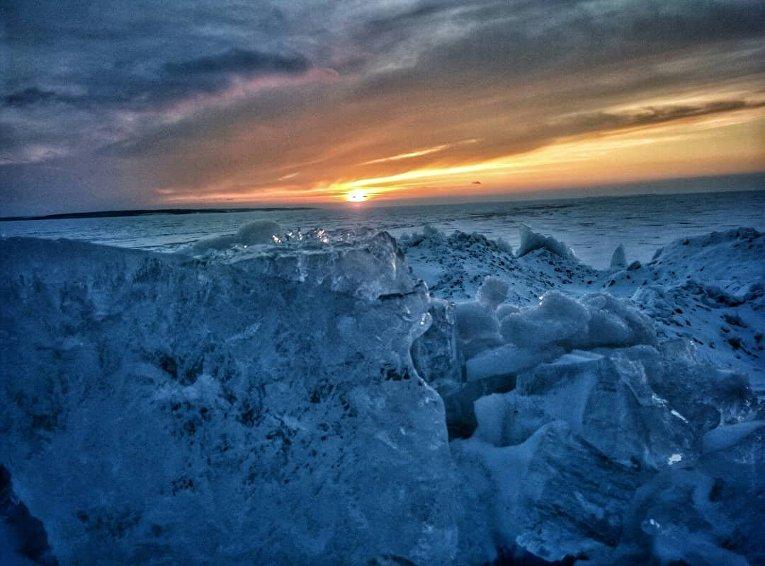 Замерзшие волны Кременчугского водохранилища