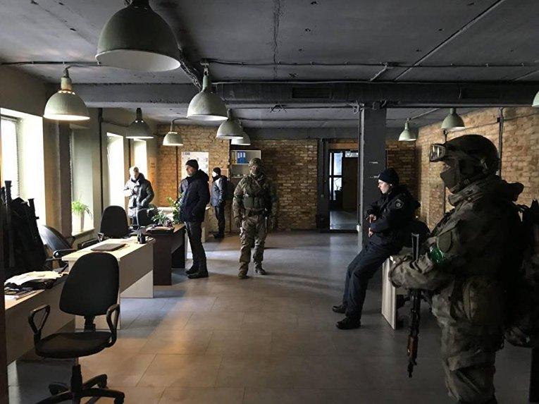 Полиция заблокировала Центральный штаб Нацкорпуса