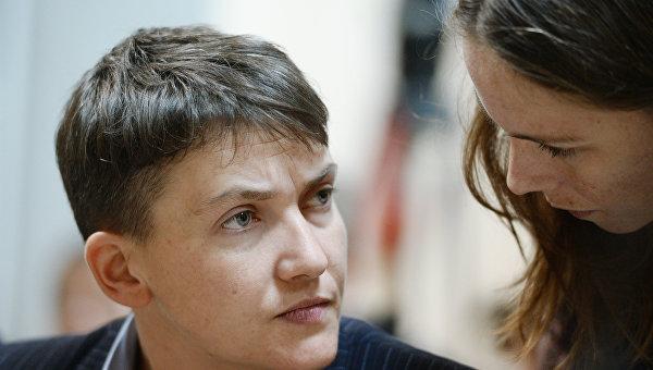 Надежда Савченко и ее сестра Вера. Архивное фото